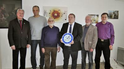 Die Protagonisten der gelungenen Umbauaktion: v. l. BGM H. Preßmann, G. Scholz, S. Wilzer, Vors. F. Gernart, W. Zinn, N. Fraatz