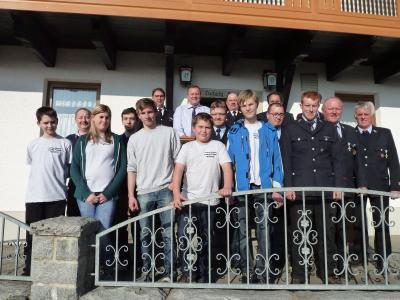 Foto zur Meldung: Die Feuerwehr steht super da – 6 Jugendliche in den Verein aufgenommen