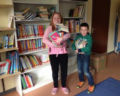 Foto zur Meldung: Bücherei wieder unter Dach und Fach