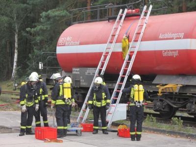 Foto zur Meldung: Ausbildungszug - Gefahrstoff