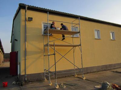 Foto zur Meldung: Eigenleistung - Anstrich Gerätehaus