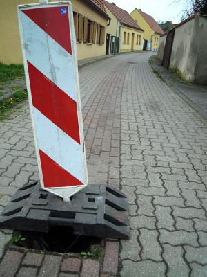 Foto zur Meldung: Metalldiebe (?) stehlen Gullydeckel in Ziesar