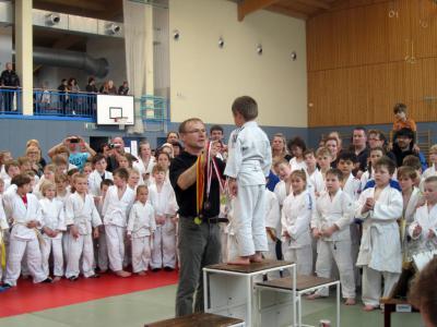 Foto zur Meldung: Eröffnung der 17. Kinder- und Jugendsportspiele des Landkreises OSL bei den Judokas in Senftenberg