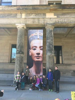 Foto zur Meldung: Ein Besuch bei Nofretete in Berlin