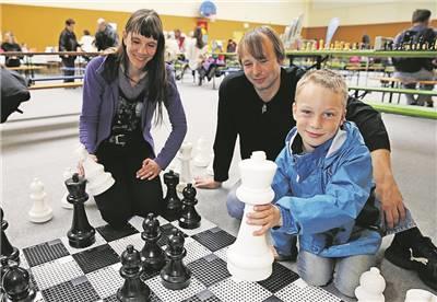 Foto zur Meldung: Sächsische Zeitung: Heidenau spielt und gewinnt