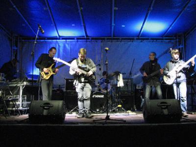 Foto zu Meldung: Rock-Pop-Abteilung musikalisch unterwegs