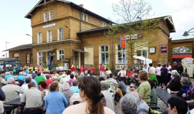Foto zur Meldung: Frühlingsfest am Bahnhof Brück 2014 - Fotodokumentation