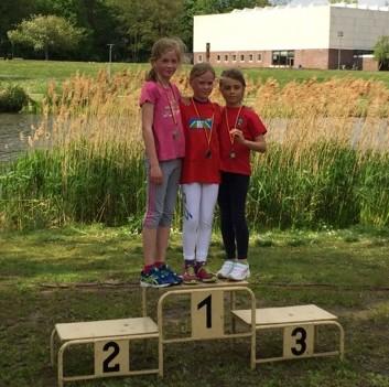 Foto zu Meldung: Laager Clubläuferin gewinnt Crosslauf der Rostocker Schulen