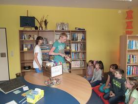 Foto zur Meldung: Lesespaß in der neuen Schulbibliothek