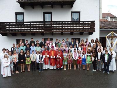 Foto zur Meldung: Firmung in der Pfarrkirche St. Georg in Prackenbach – Gott schenkt uns in Christus seinen Geist
