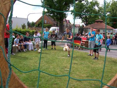 Foto zur Meldung: 1.Sommerfest an der Carl-Anwandter-Grundschule Calau