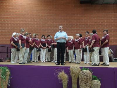Foto zur Meldung: Singen zum Kreisaltentag im Bürgerhaus Schenklengsfeld