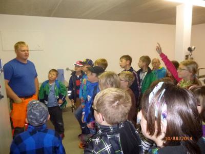 Foto zur Meldung: Thema Wasser bei der vierten Klasse Grundschule
