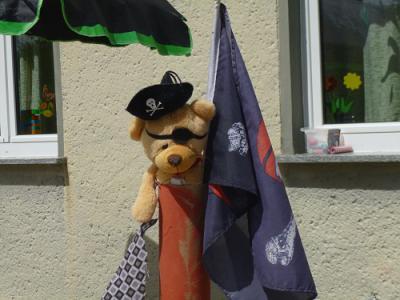 Foto zur Meldung: Piratenfest bei den Hoymer Buschzwergen