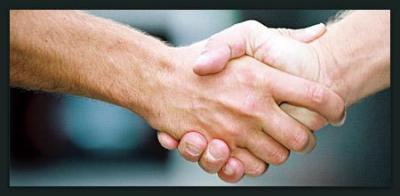 """Vorschaubild zur Meldung: Freiwillig aktiv sein """"Ehrenamt hilft"""""""
