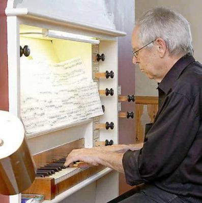 Vorschaubild zur Meldung: Orgelmusik taucht Waltersdorf in Besinnlichkeit