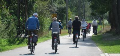 Foto zu Meldung: Per Fahrrad den Postkutschen auf der Spur