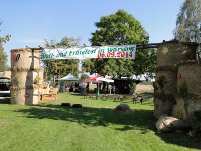 Foto zu Meldung: 10. Warsower Dorf- und Erntefest