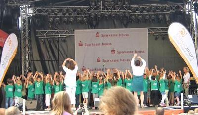 Foto zur Meldung: Großer Auftritt mit der SingPause bei Kaarst Total