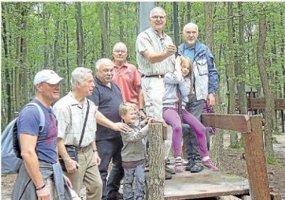 Foto zur Meldung: Heimatverein: Seilbahn gibt dem Märchenwald neuen Schwung