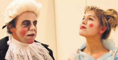 Vorschaubild zur Meldung: Theatergruppe kehrt zurück auf die Bühne