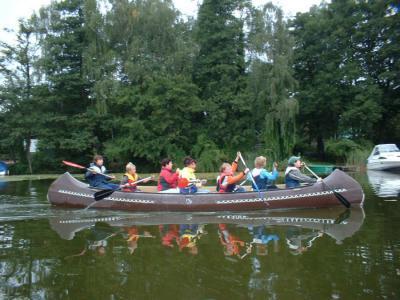 Foto zur Meldung: Mit dem Kanu ins neue Schuljahr