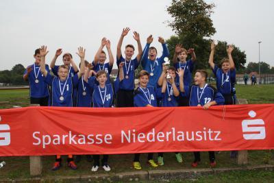 Foto zur Meldung: Kreisfinale Jugend trainiert Fußball WK III Lübbenau