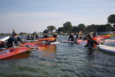 Foto zur Meldung: Wellenreiten statt Schule - Klassenfahrt der 10b