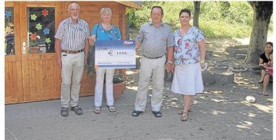 Foto zur Meldung: Altencafé unterstützt Projekte der Kindertagesstätte Burgschwalbach