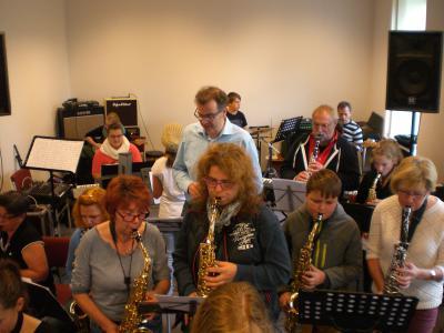 Foto zu Meldung: Erfolgreicher Workshop mit Schülern beider Musikschulstandorte