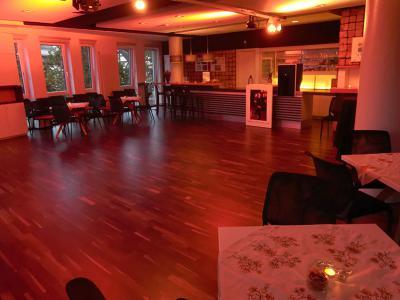 Das Bistro in freudiger Erwartung auf den Tangoabend und seine lieben Gäste