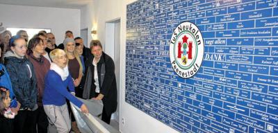 """Foto zur Meldung: Die """"Blaue Wand"""" zieht alle Blicke der Neukalener auf sich"""