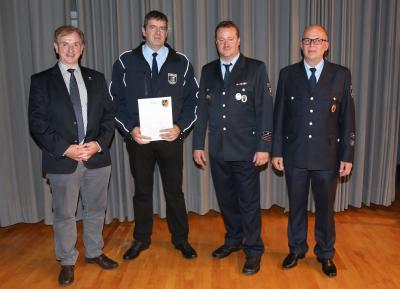 Foto zu Meldung: Stefan Kuhn neuer stellvertretender Wehrführer in Steinbach