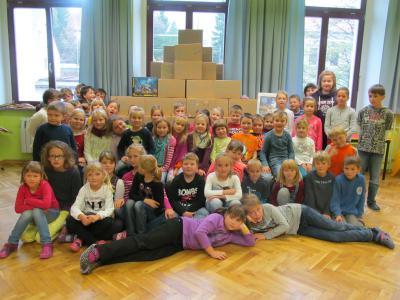 """Vorschaubild zur Meldung: Paketaktion"""" Kinder helfen Kindern"""""""