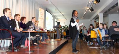 Foto zu Meldung: Kinder- und Jugendparlament Nauheim in Berlin bei  der Gipfelveranstaltung zum Jubiläum der UN Kinderrechte