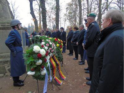 Vorschaubild zur Meldung: Gedenken an die Opfer des Ersten und Zweiten Weltkrieges