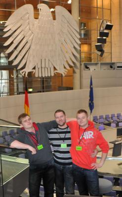 Foto zur Meldung: Besuch des Bundestages durch Auszubildende der Klasse Landwirte 3