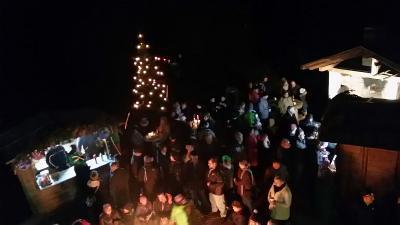 Foto zur Meldung: Überwältigender Besuch beim 4. Tresdorfer Weihnachtsmarkt