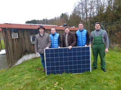 Foto zu Meldung: Neue PV-Anlage in der Kläranlage in Moosbach