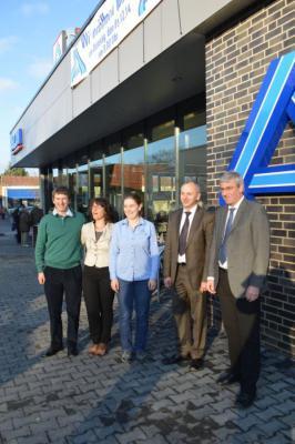Foto zur Meldung: Aldi im Falkenmarkt nach Neubau eröffnet