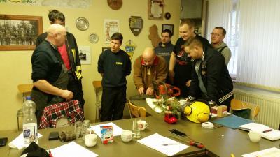 Foto zu Meldung: Ausbildung an der Motorkettensäge