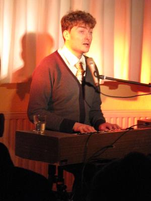 Foto zur Meldung: Konzert mit Sebastian Krämer