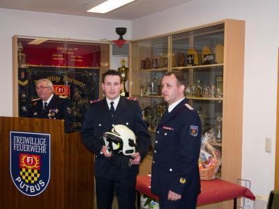Foto zu Meldung: Aufnahme von Feuerwehrmannanwärter