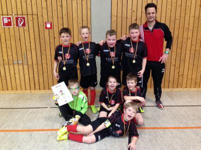 Foto zu Meldung: Röslauer U9 gewinnt das Hallen-Masters beim FC Ort