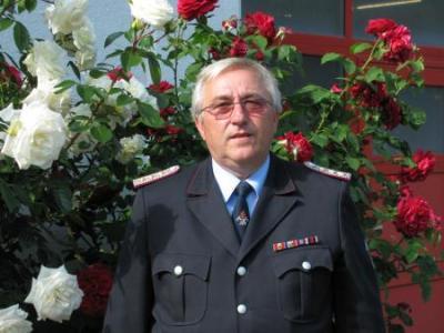 Foto zu Meldung: Ehrenmitglied im Kreisfeuerwehrverband Vorpommern-Rügen