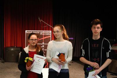 Foto zur Meldung: Die Sieger im Literaturwettbewerb 2015