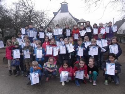 Foto zur Meldung: Schwimm-Turnier aller Kaarster Grundschulen 2015