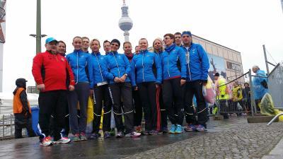Foto zu Meldung: 15 Laager Clubläufer rocken den Berliner Halbmarathon