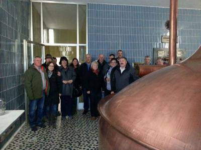 Foto zur Meldung: Der Dorfverein besuchte die Gesellschaftsbrauerei Viechtach