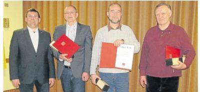Foto zur Meldung: SPD - Ortsverein: SPD-Mitglieder aus Burgschwalbach in Jahreshauptversammlung geehrt